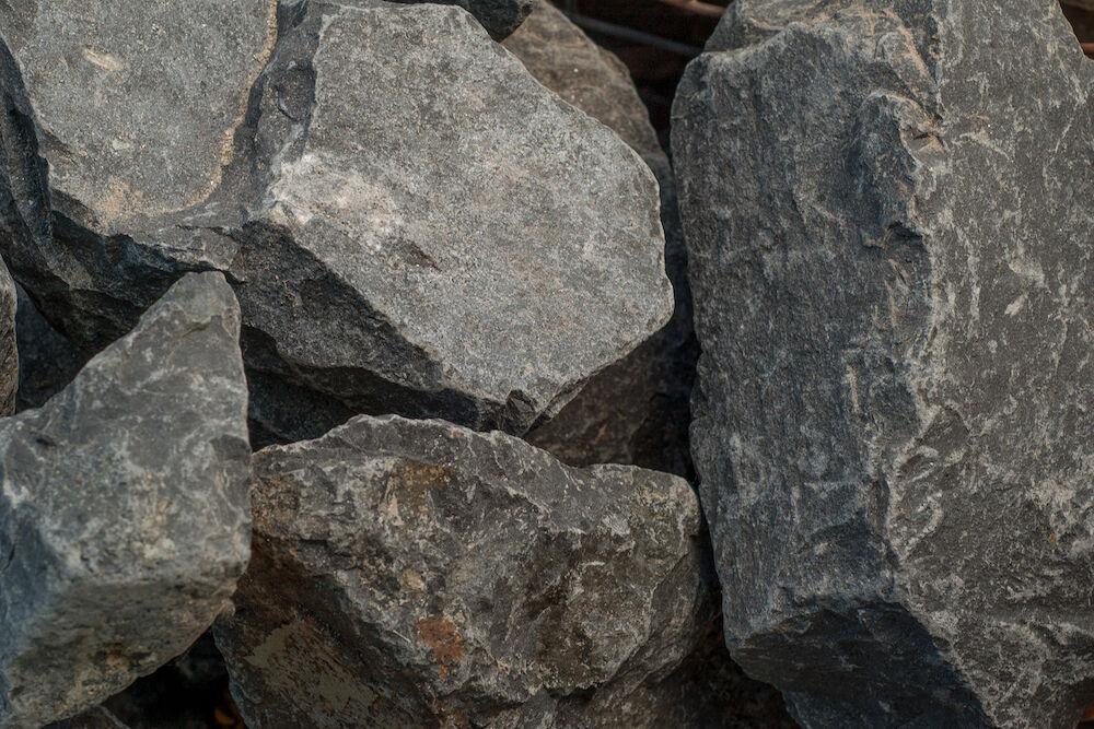 Bazalt ömlesztett szikla
