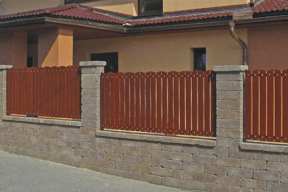Vörös-Barna kerítéskő
