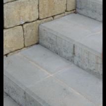 Cotta natúr lépcső és blokkő